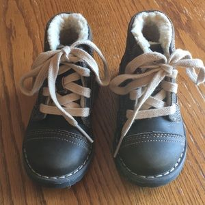 Cute toddler boys boots!